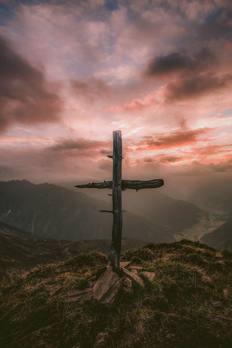 an old rugged cross