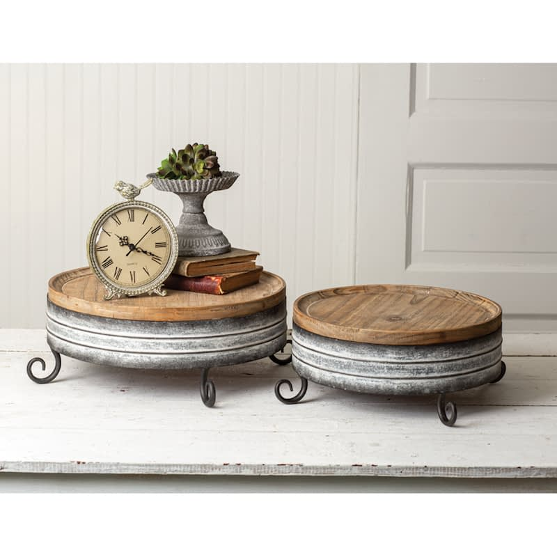 set of 2 round risers