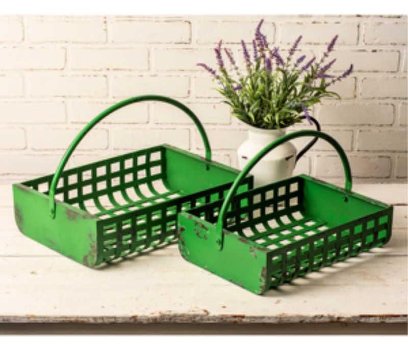 5 Bountiful Baskets for Your Blushing Flower Girl